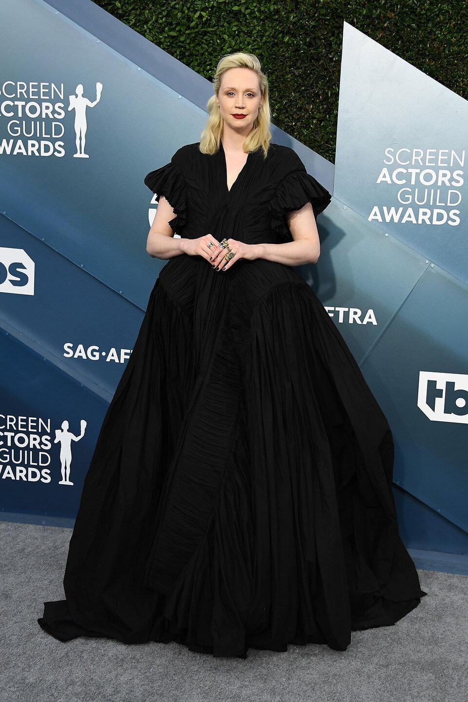 Гильдия актеров: Невеста Дракулы и другие самые яркие наряды церемонии