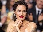 Анджелина Джоли снимется в картине о родителях Питера Пэна и Алисы