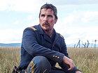 «Недруги»: Кристиан Бэйл устал от Дикого Запада в первом трейлере фильма