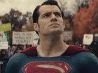 Премьера дублированного трейлера «Бэтмен против Супермена»