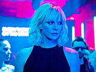 Появился финальный трейлер «Взрывной блондинки» с Шарлиз Терон