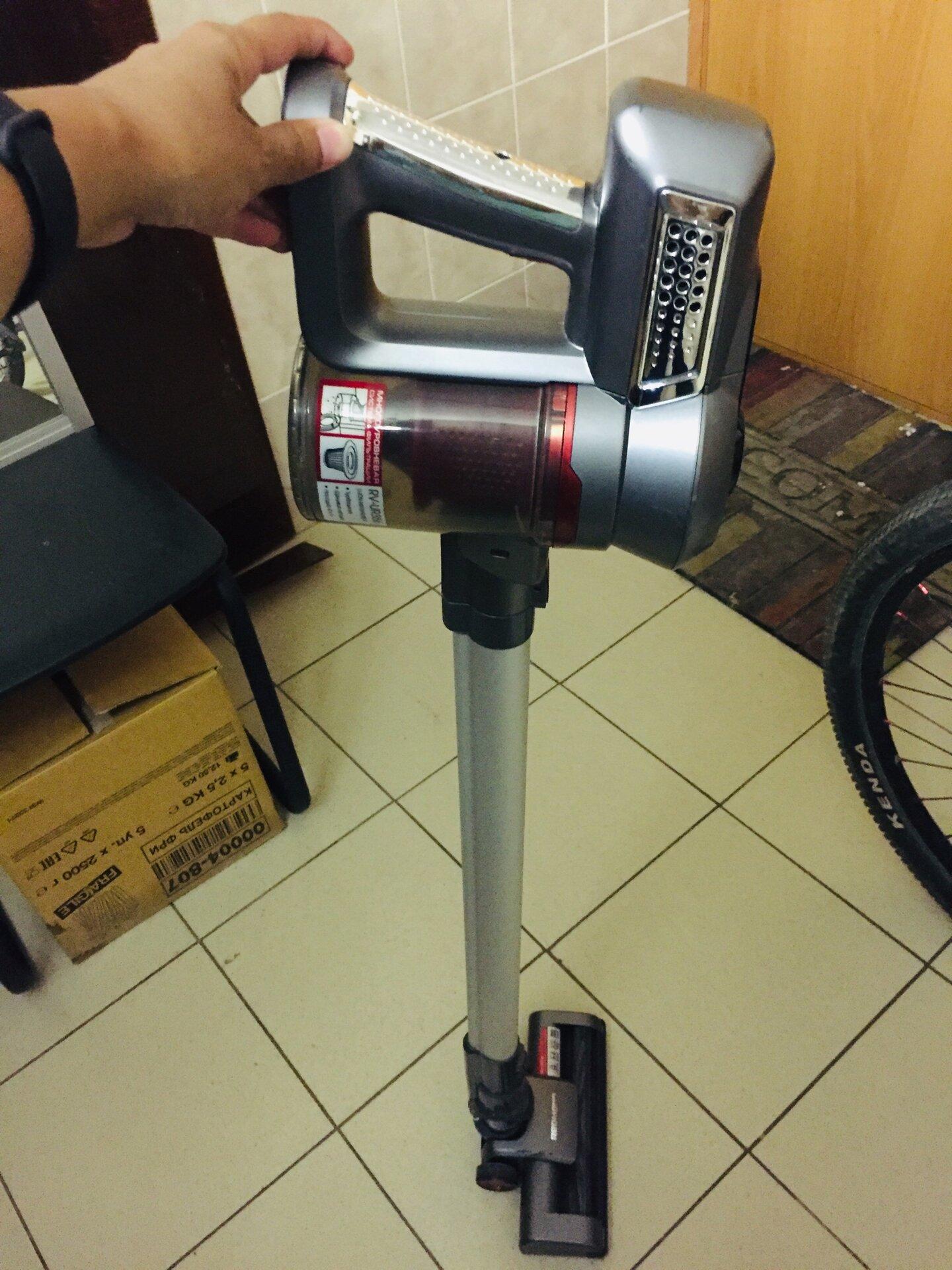 Как почистить аккумуляторный пылесос дайсон купить щетку для пылесоса дайсон в ростове