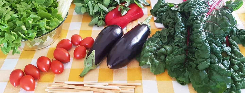Смотреть Овощи гриль с рукколой и сырной заправкой от Юлии Высоцкой видео