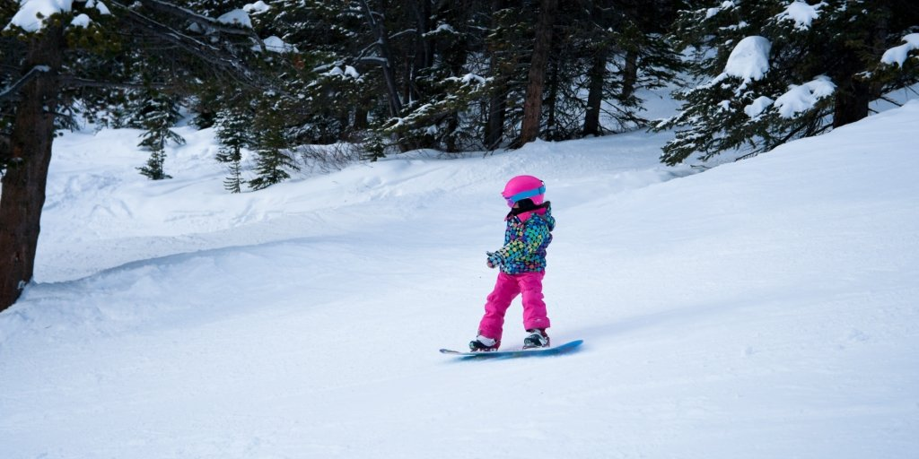 Как выбрать сноуборд для ребенка — статья на Яндекс.Маркете a010e9d7b28