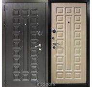 Стальная входная дверь Заводские двери Сенатор венге светлый