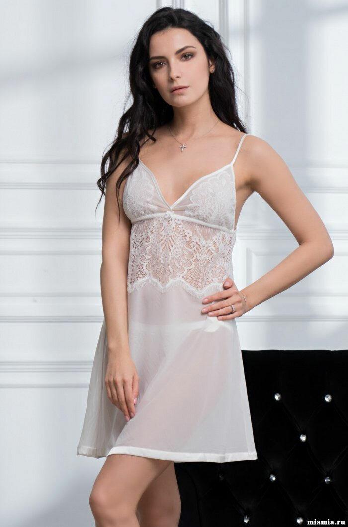 Vilfram Женская ночная сорочка с отделкой красивым кружевом