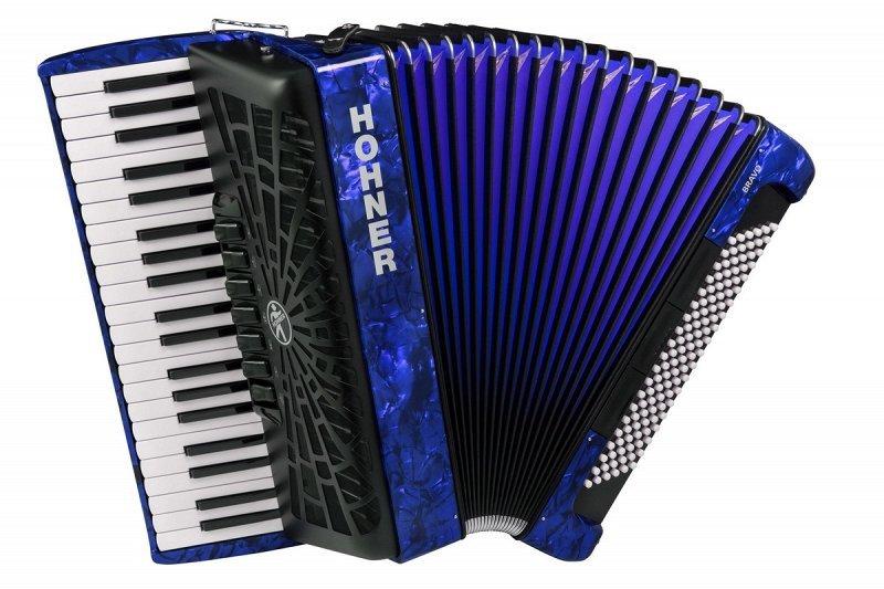 HOHNER The New Bravo III 120 dark blue (A16841) - аккордеон 4/4, 3-х голосный, правая клавиатура - 41 клавиша, 7 регистров, лева