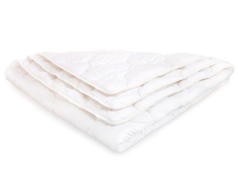 Детское одеяло DreamLine Шелк (Зима) 140x140 см (140x140 см, 140 x 140 см, 1400 x 1400 мм) для ребенка, 15% Шелк + 85% улучшающие добавки