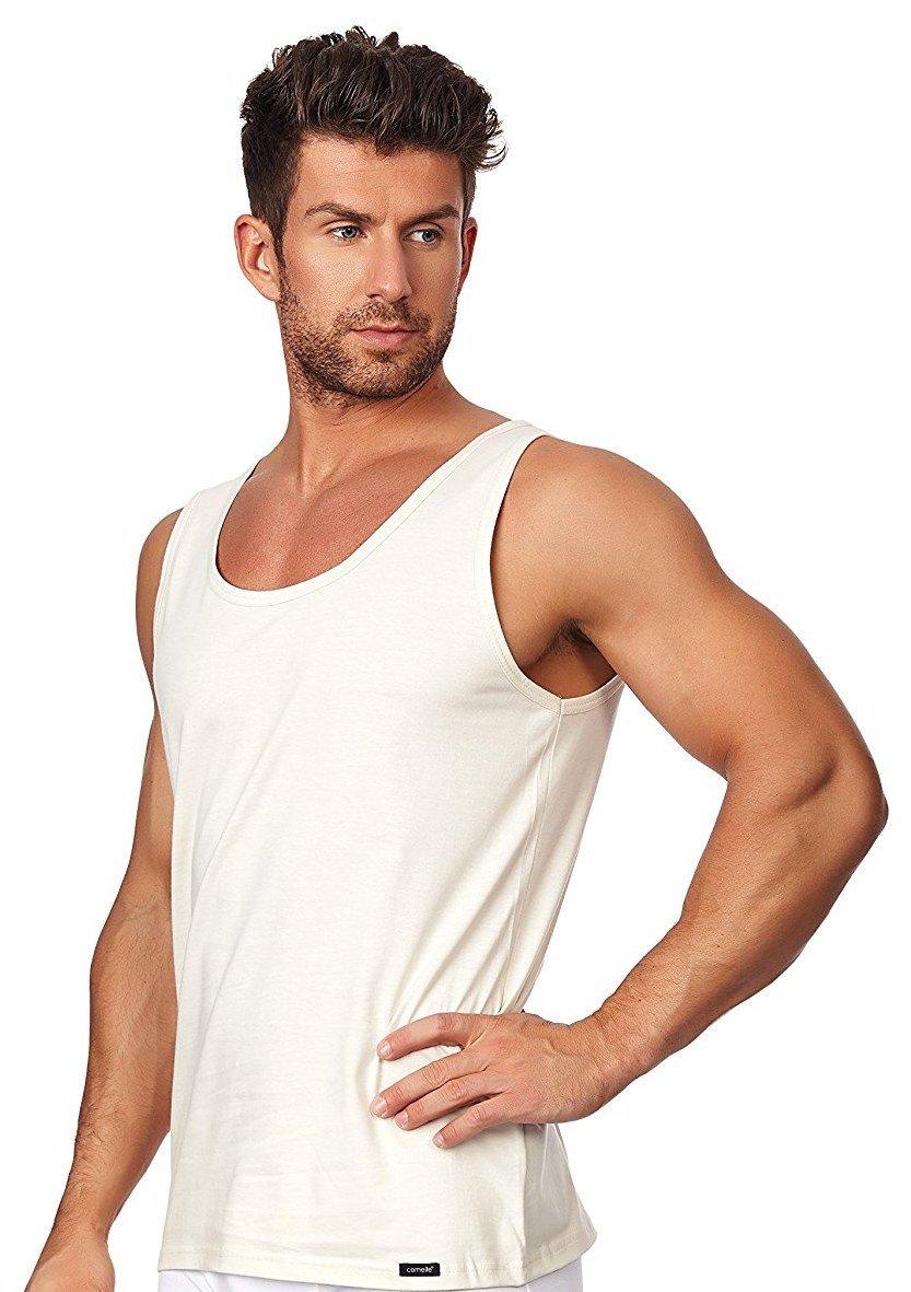фото красивых мужчин в белых футболках время использования гигрометра