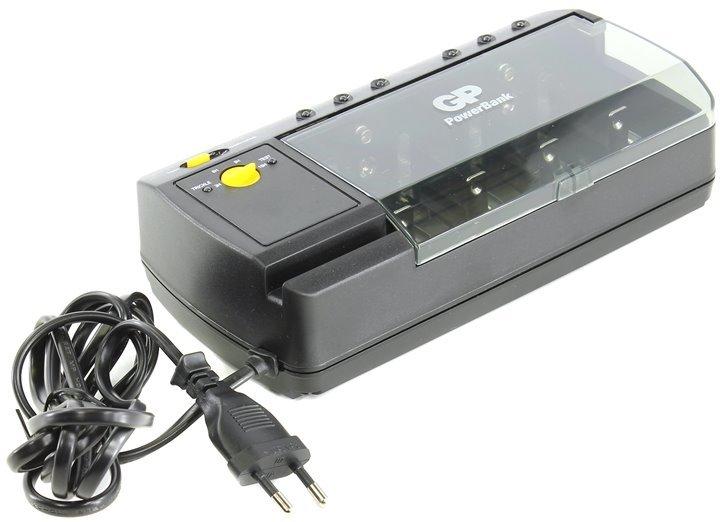 Зарядное устройство GP PowerBank GPPB320