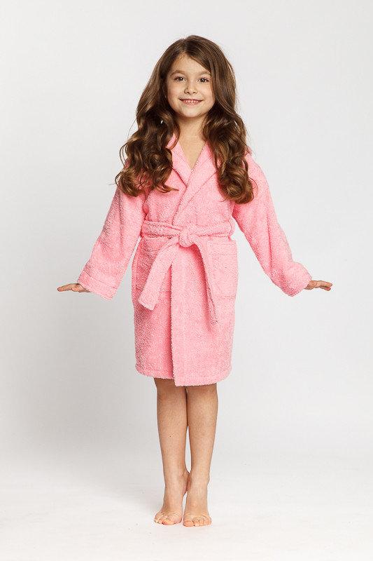 Розовый махровый халатик с капюшоном для девочки