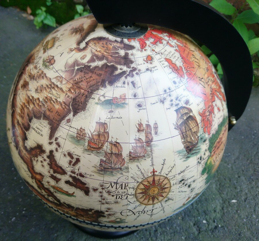 Глобус-бар настольный диаметр 33 см 47207