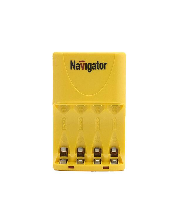Зарядное устройство NAVIGATOR на 4 аккумулятора