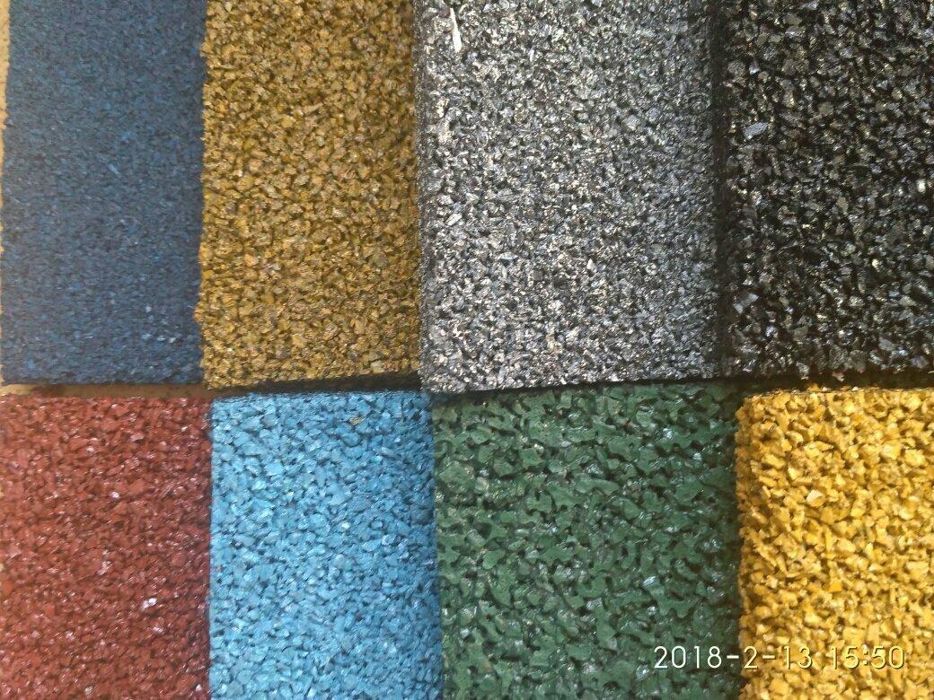 Противоскользящее покрытие толщиной 12 мм, цветной из прокрашенной крошки