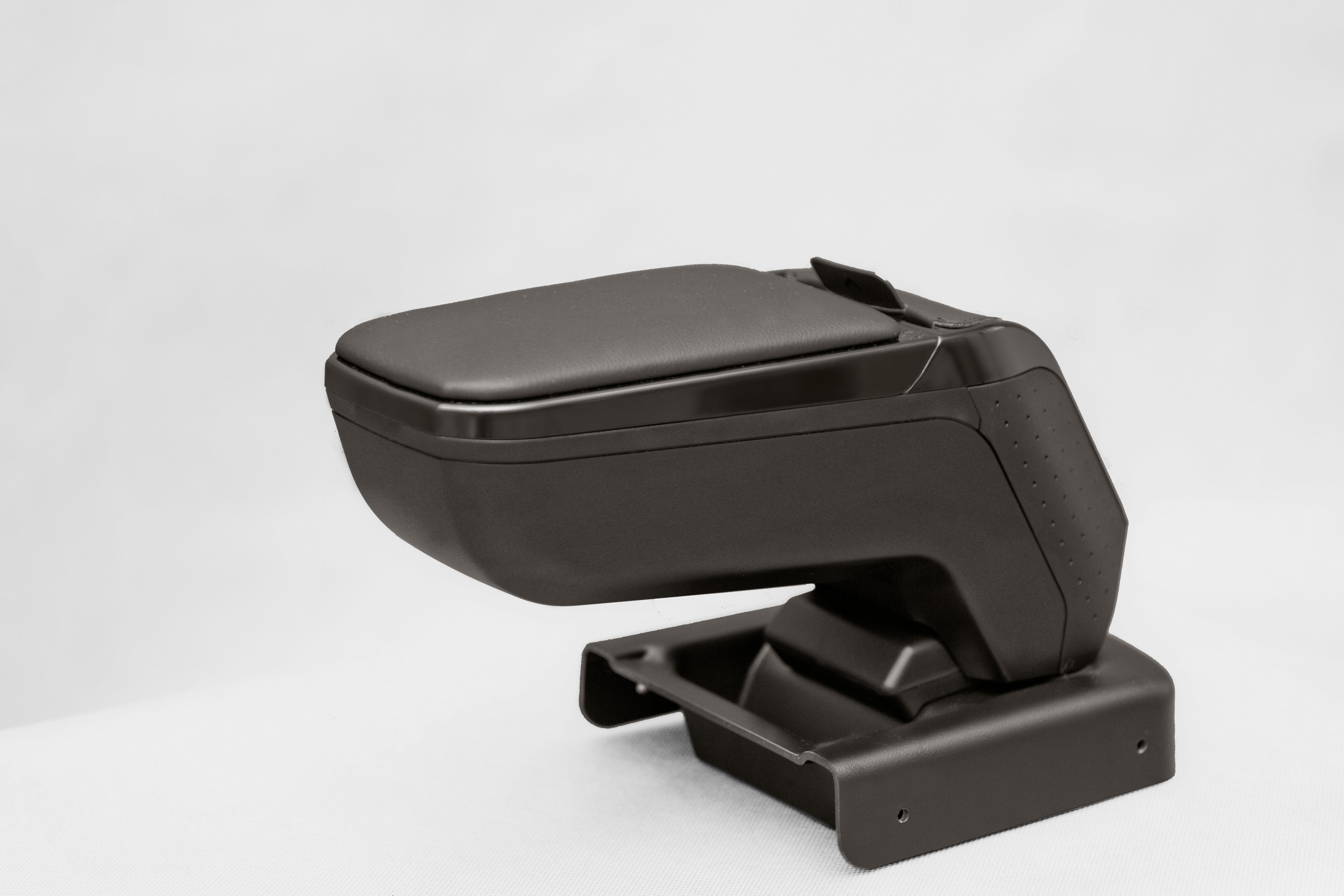 Подлокотник для Форд Фокус 3 ( Ford Focus 3 ) 2011-2014 года черный Armster V00301