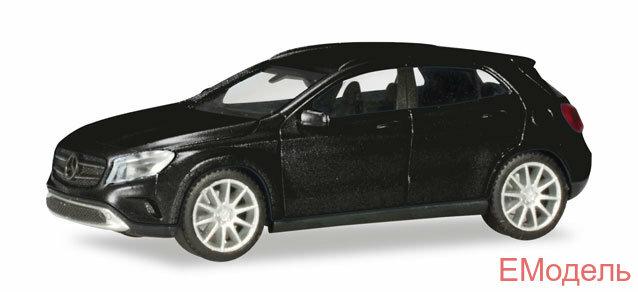 038317-002 Автомобиль игрушечный для коллекции легковой 5,5 см Mercedes-Benz GLA-класс, черный металлик 1:87
