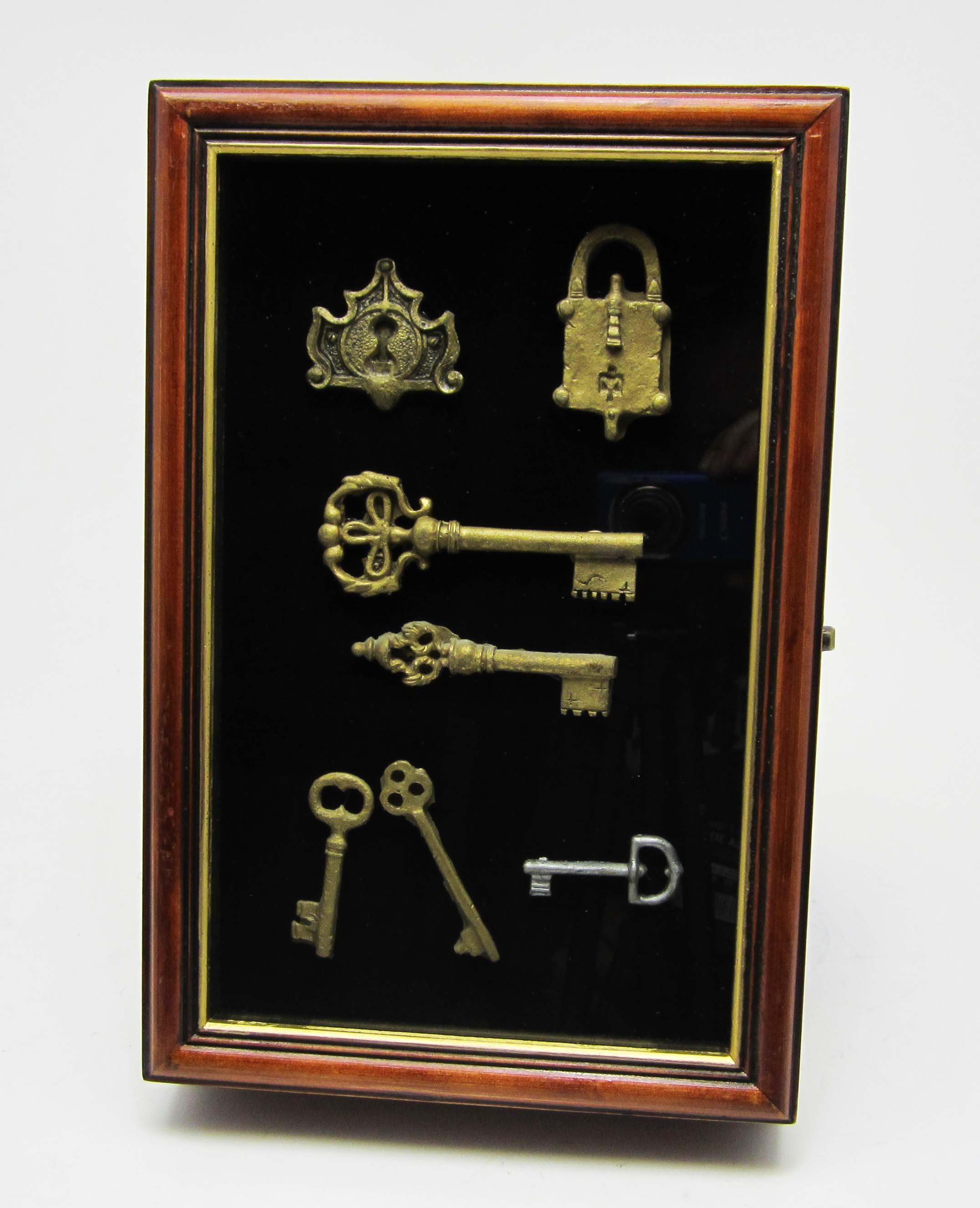 Ключница-коллаж настенная