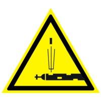 Предупреждающий знак Осторожно. стреляющая аппаратура
