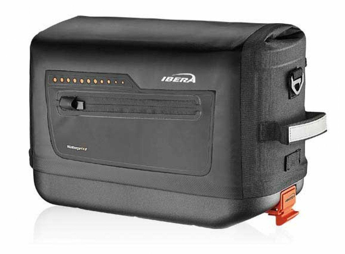 Сумка-кофр на багажник IBERA IB-BA22