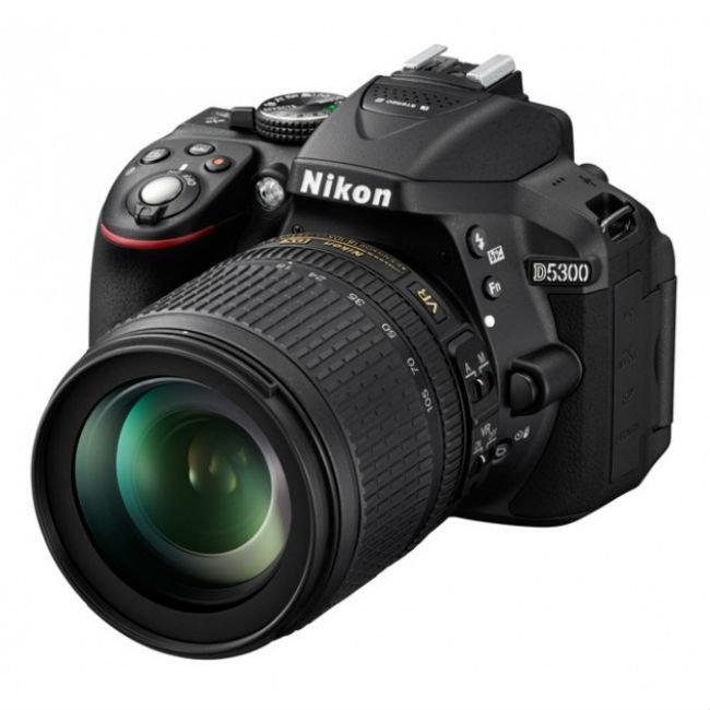 Зеркальный фотоаппарат Nikon D5300 Kit Black (VBA370K004)