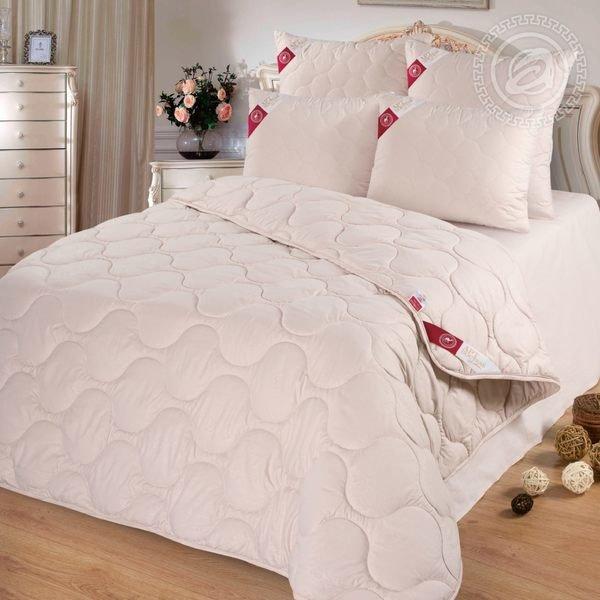 Одеяло 72 (шерсть верблюжья 200/микрофибра) 1,5-спальное