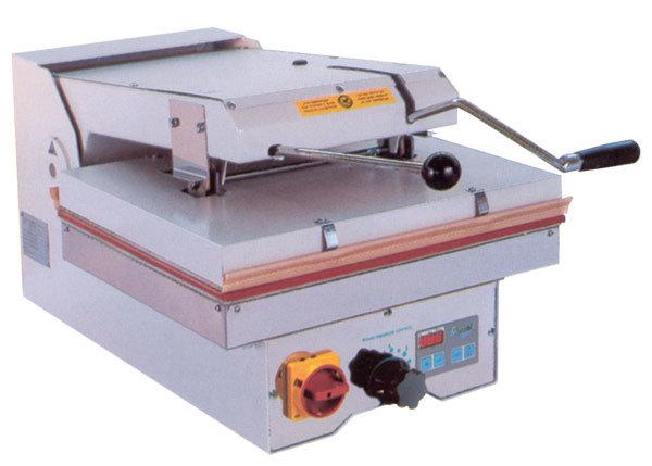 Швейный пресс Comel PLT-500