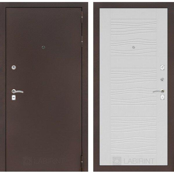 Двери лабиринт Входная металлическая дверь Лабиринт Классик Антик медь 06 Белое дерево