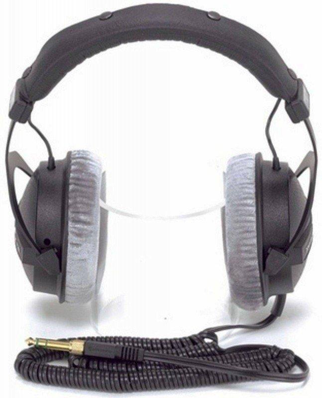 BEYERDYNAMIC DT 770 PRO Cтудийные наушники закрытого типа для мониторинга и записи музыки. 5-35000 Гц. 250 Ом. 96 дБ.