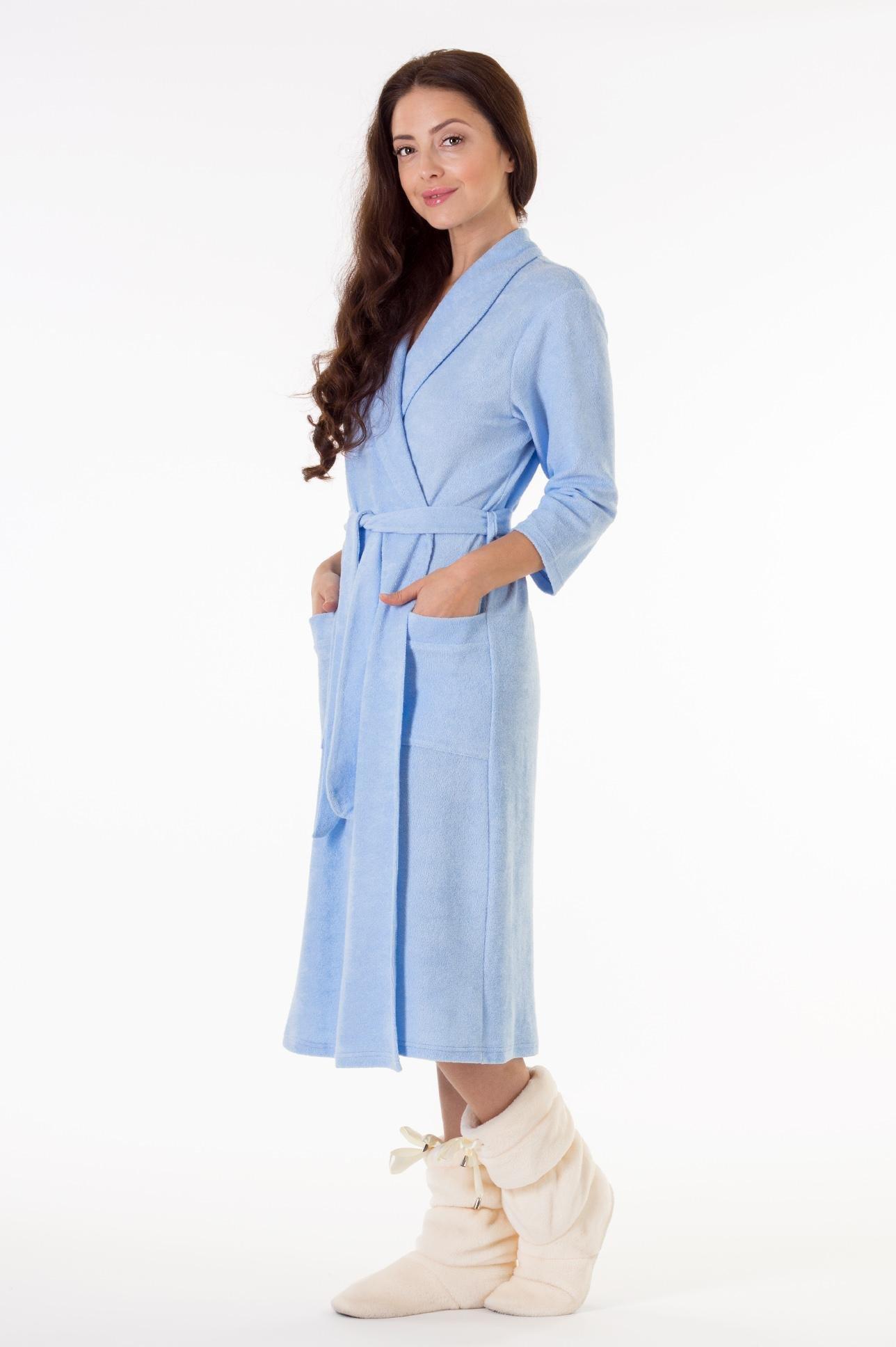 Махровый халат голубой