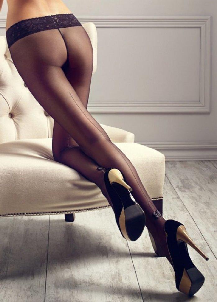 Онлайн фото женские ножки в чулках и колготках российских порно