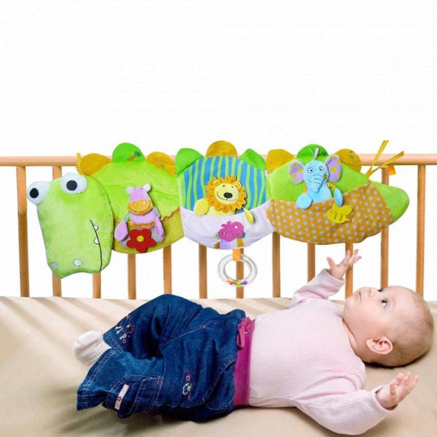 Игрушки на кроватку для новорожденных купить