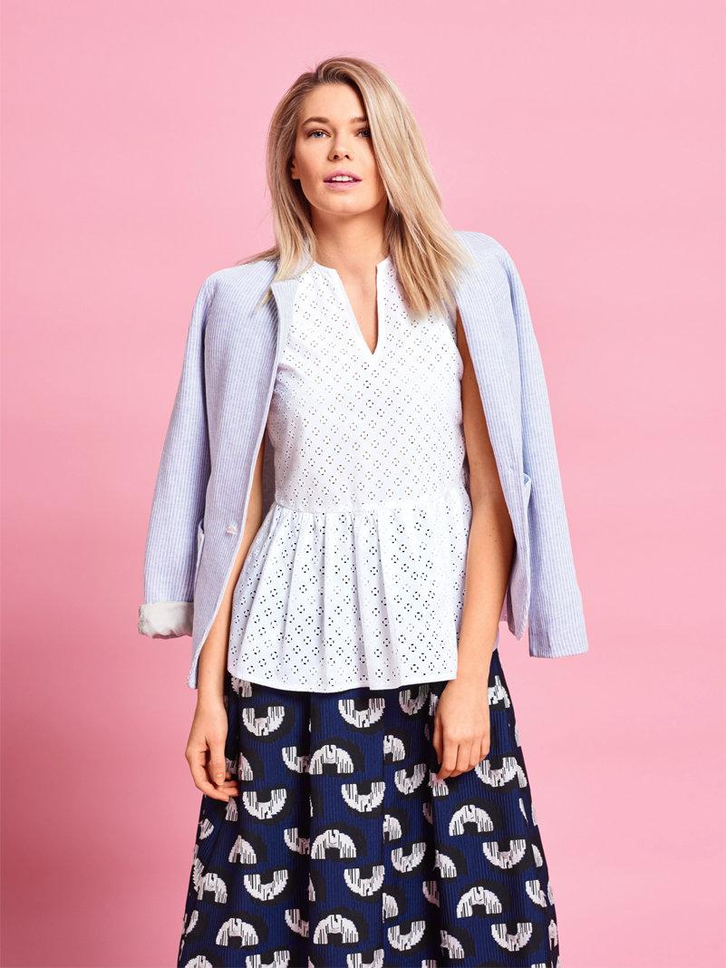 Блузка с баской (63 фото): с чем носить, как сочетать цвет, какая модель подойдет, куда можно пойти, образы 2018