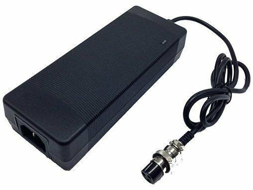 Зарядное устройство для моноколес 24v 2A (штекер с резьбой и 3 отверстиями 12mm)