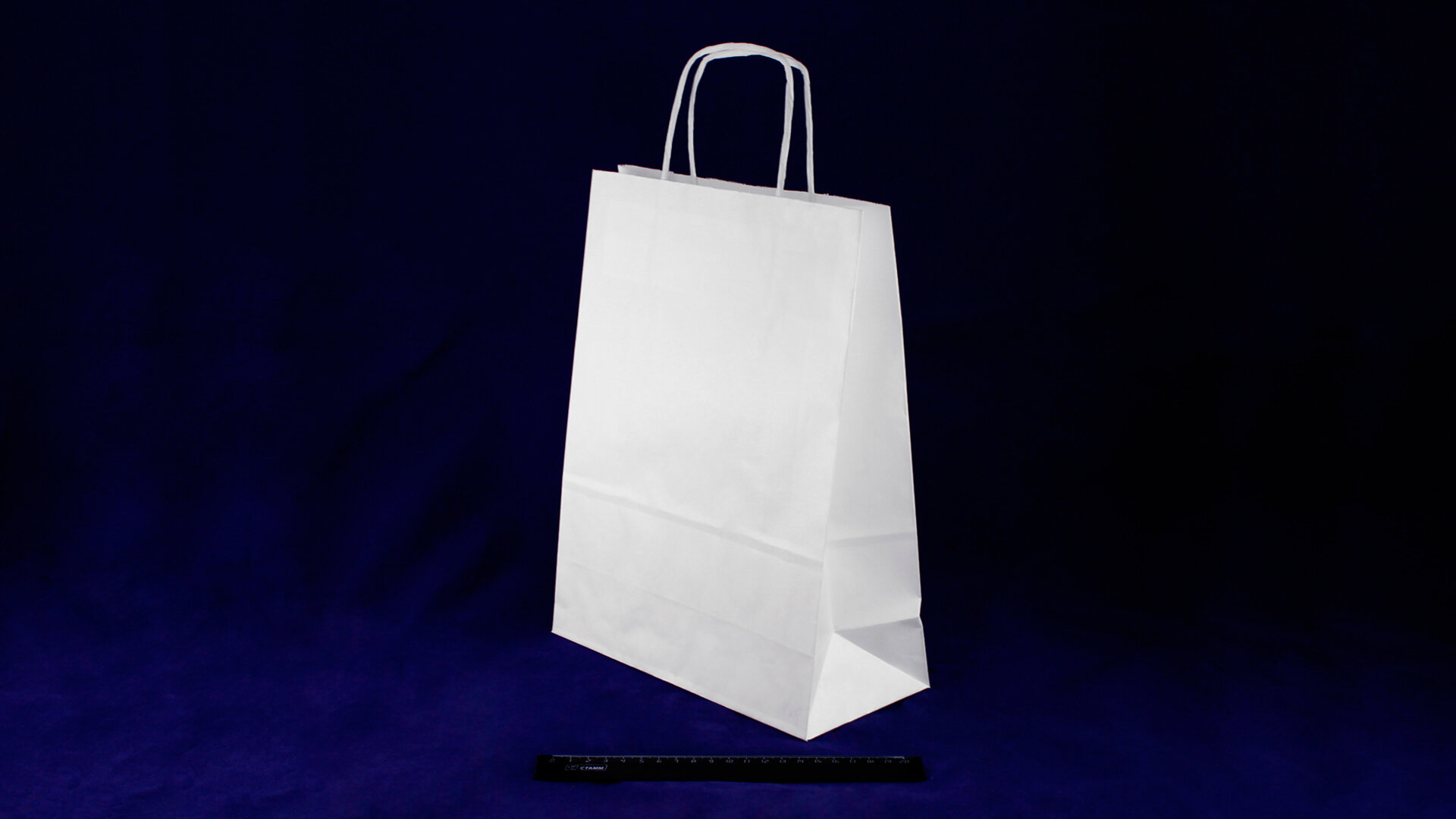 Пакет бумажный с кручеными ручками белый 350*260*150 (70гр/м).755М56/К13