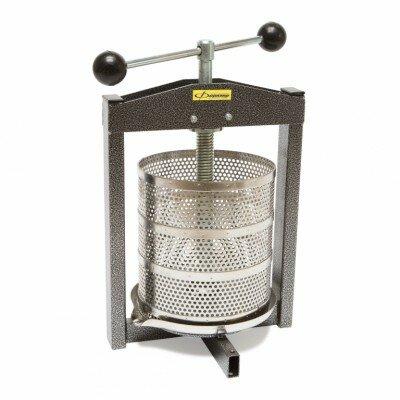Пресс для сока (соковыжималка) Фермер СВР-01М