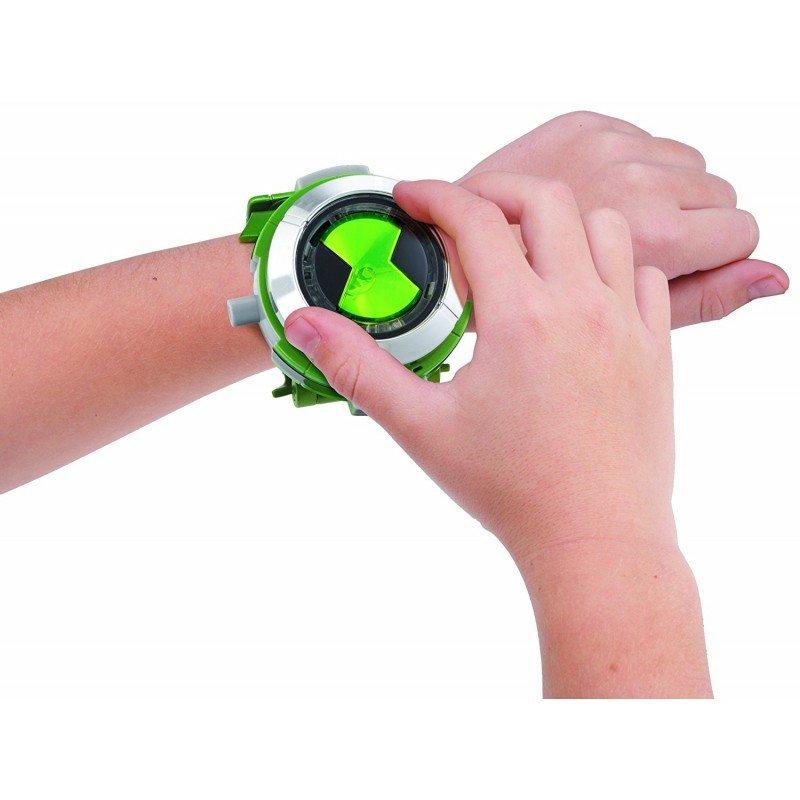 Ben часы омнитрикс - это ключевой элемент мультфильма, визитная карточка бена.