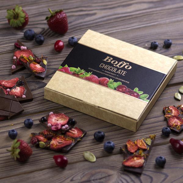 Подарочный молочный шоколад ручной работы Boffo Chocolate 35% с добавлением ягод