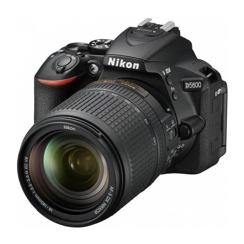 Зеркальный фотоаппарат Nikon D5600 Kit 18-140 VR Black