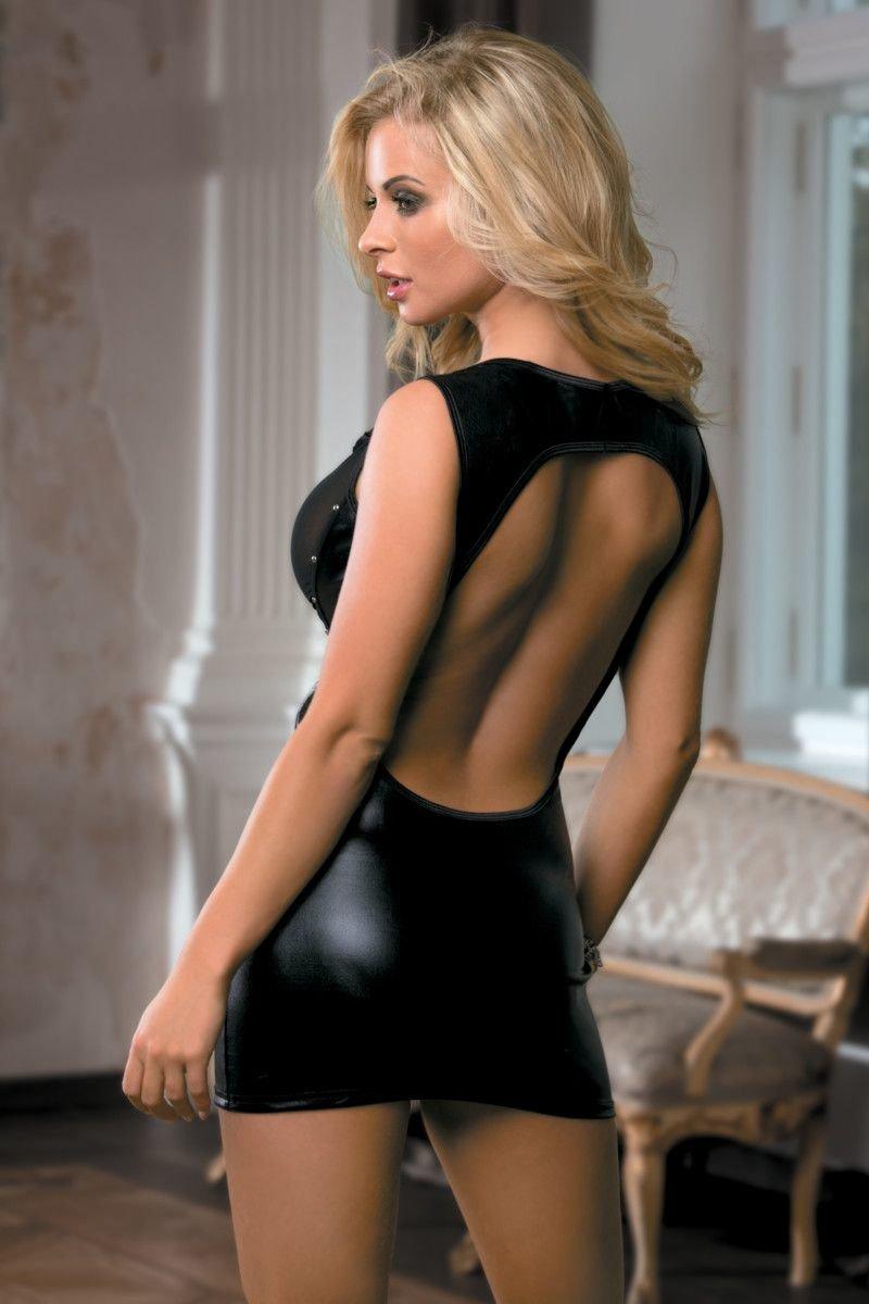 Сексуальное черное платье фото