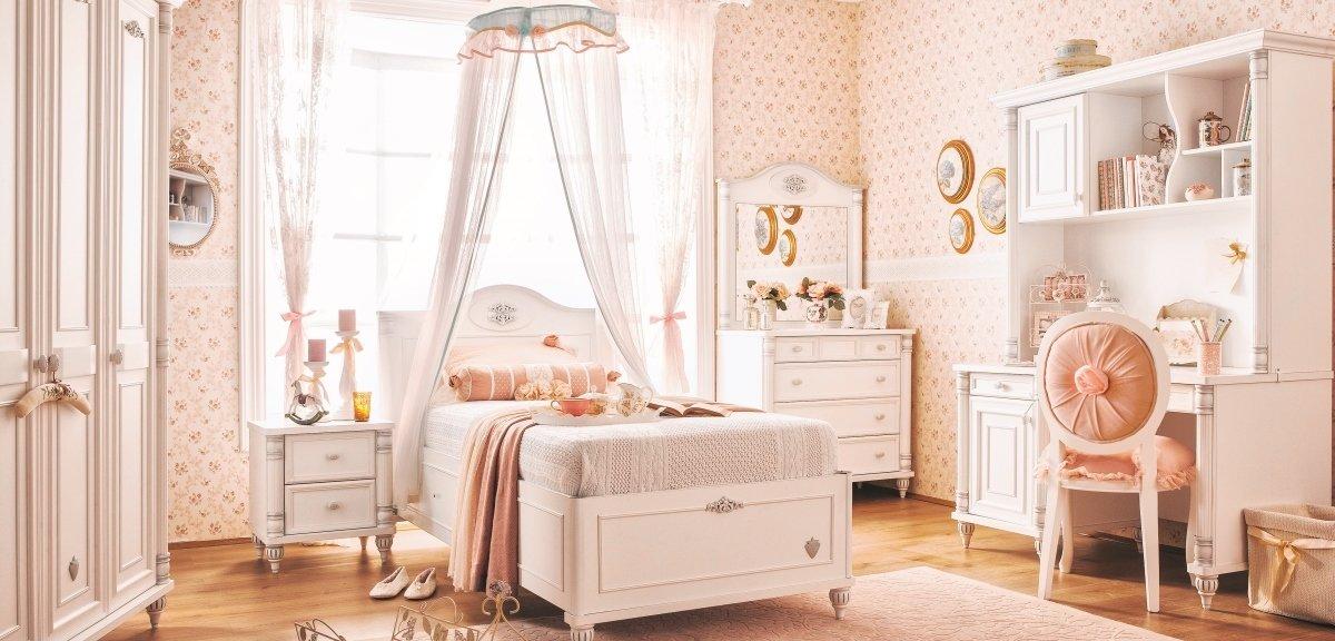 Romantic Детская комната в полной комплектации с кроватью с подъемным механизмом (кровать, тумба, шкаф, комод, зеркало к комоду, стол, надстройка к столу, стул) (Cilek)