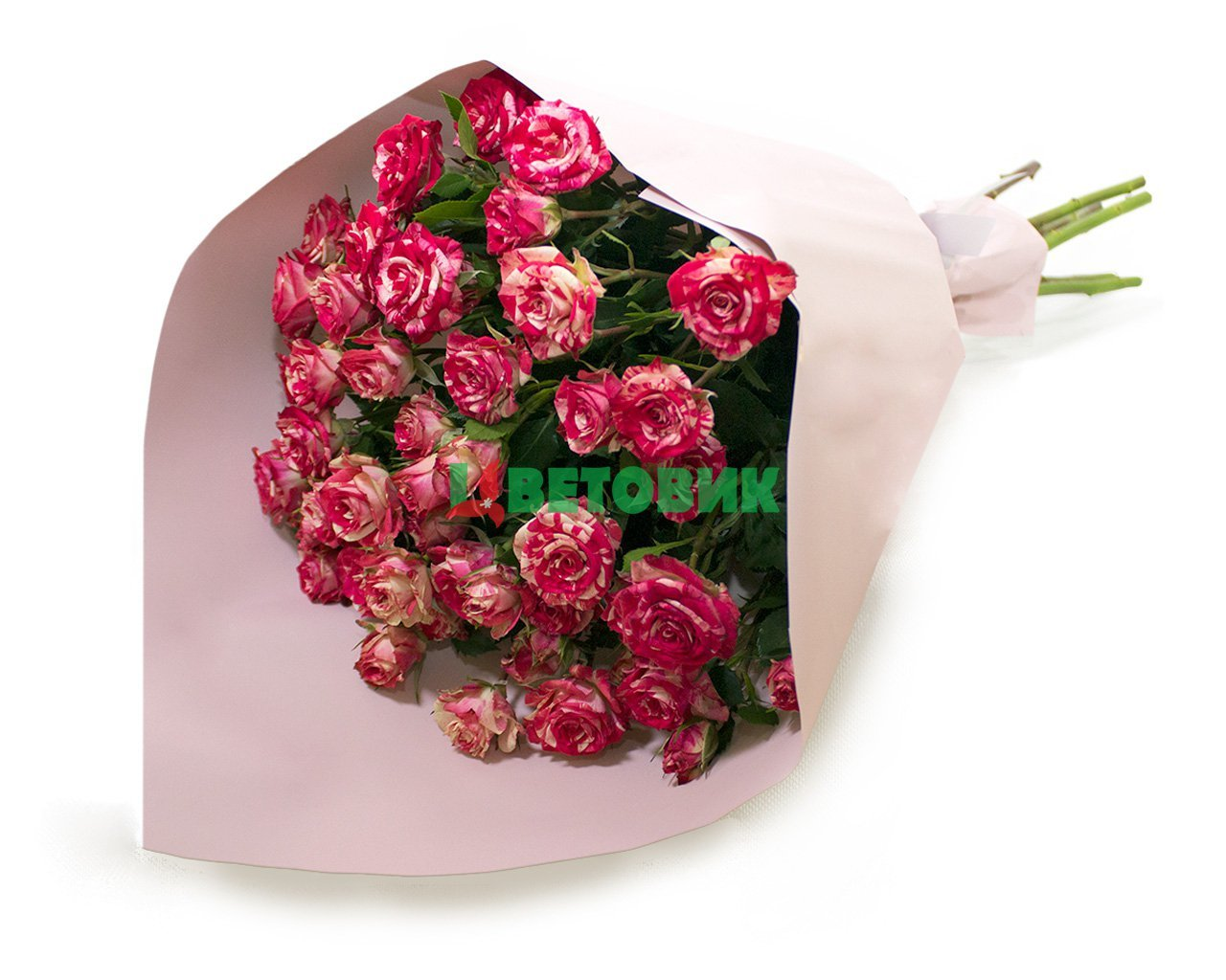 Букет из 7 высоких кустовых роз