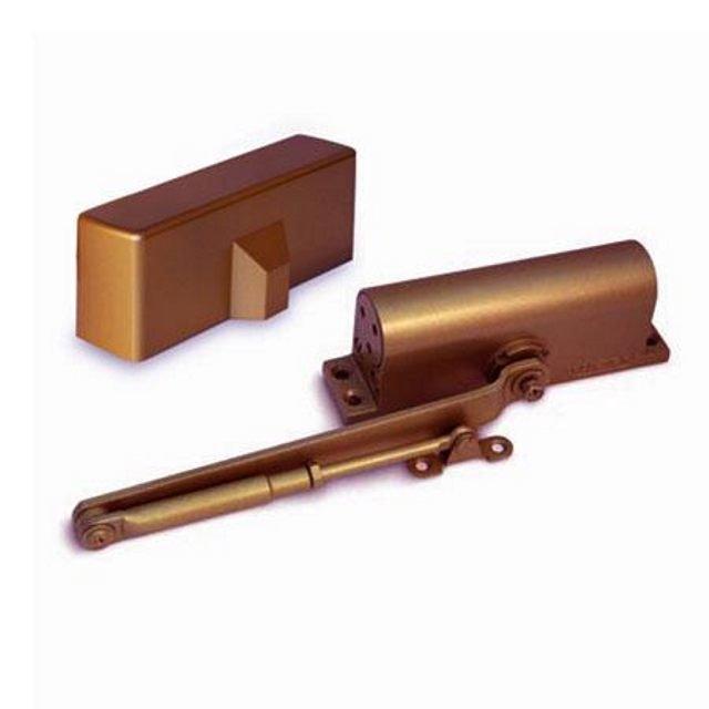 доводчик дверной apecs 40-65кг коричневый