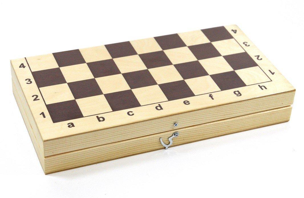 Польза от игр детей в шашки уже давно доказана, поэтому не упустите возможность развить у крохи логическое мышление и внимательность с помощью этого увлекательного развлечения.