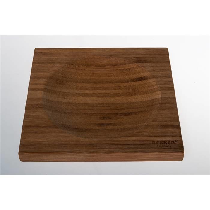 Доска разделочная Bekker BK-9720 Доска раздел. (20*20*1,8см, бамбук с углубл.)(10)
