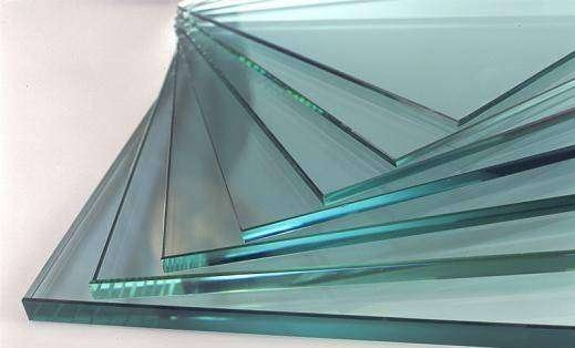 Полка стеклянная 1200х250мм (стекло 6мм)