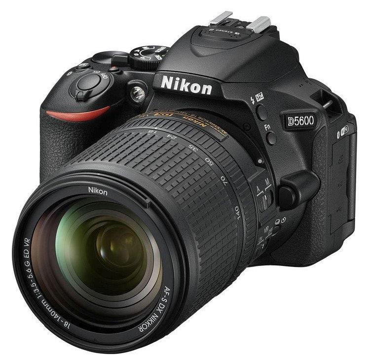 Фотоаппарат зеркальный Nikon D5600 Kit (AF-S 18-140 VR)