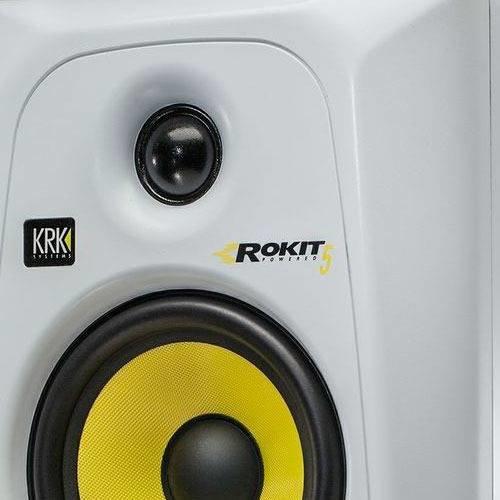 KRK SYSTEMS KRK RP5G3W Активный 2-х полосный (Bi-Amp) 5-ти дюймовый студийный звуковой монитор, цвет белый