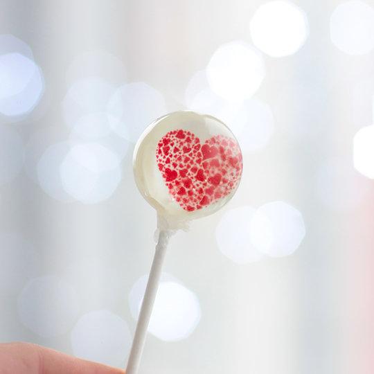 Леденец 'Love' / Red Heart