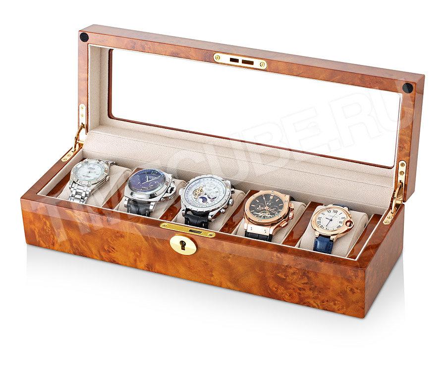 Специальная коробка под часы обойдется не так уж дорого, кроме того, она поможет вам сохранить ваши часы в хорошем состоянии.