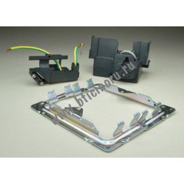Набор для установки в столешницу или фальшпол выдвижных блоков DLP IP40 размером 3 модуля, Legrand|54005
